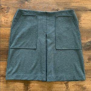 Adrienne Vittadini Gray Mini Skirt with Pockets
